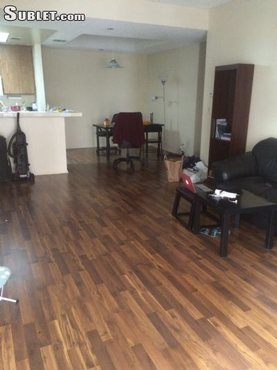 Image 4 unfurnished 2 bedroom Apartment for rent in Westwood, West Los Angeles