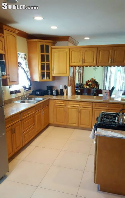 Image 2 Room to rent in Nassau Paradise Island, Bahamas 2 bedroom Townhouse