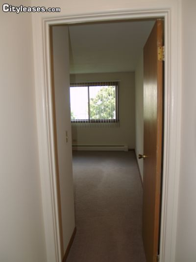 Image 5 unfurnished 1 bedroom Apartment for rent in Waukegan, North Suburbs