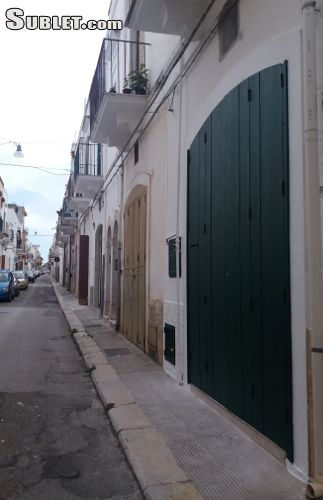 Image 7 furnished 2 bedroom House for rent in Mola di Bari, Bari
