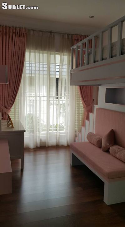 Image 7 furnished 4 bedroom Townhouse for rent in South Jakarta, Jakarta