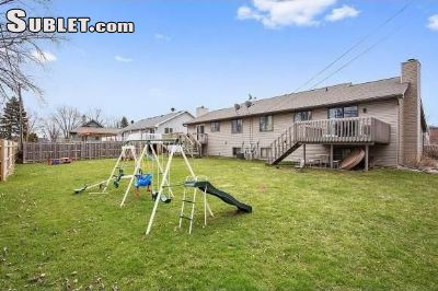 Image 6 furnished 3 bedroom House for rent in Appleton, Outagamie County