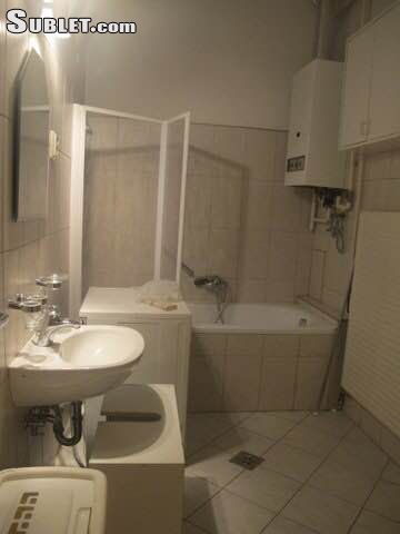 Image 2 furnished 2 bedroom Apartment for rent in District 7, Budapest