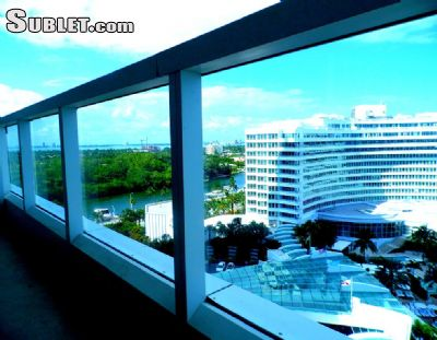 Image 2 furnished 1 bedroom Hotel or B&B for rent in Miami Beach, Miami Area
