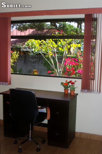 Image 7 furnished 2 bedroom House for rent in San Rafael, Heredia