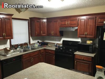 Image 7 Room to rent in South Kansas City, Kansas City Area 3 bedroom House