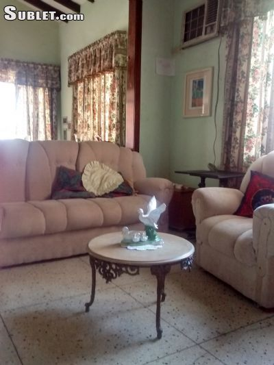 Image 2 furnished 5 bedroom House for rent in Maracaibo, Zulia