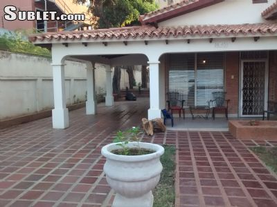 Image 3 furnished 5 bedroom House for rent in Maracaibo, Zulia