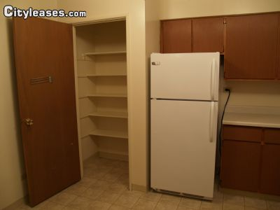 Image 4 unfurnished 1 bedroom Apartment for rent in Waukegan, North Suburbs