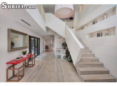 Image 2 furnished 5 bedroom Apartment for rent in South Beach, Miami Area