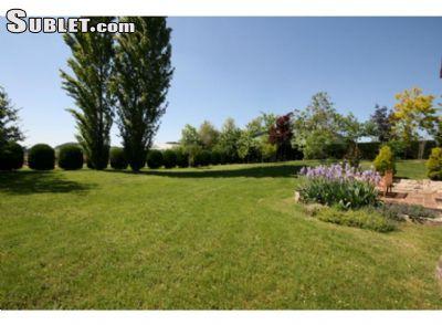 Image 4 furnished 2 bedroom House for rent in Saint-Mande, Val-de-Marne