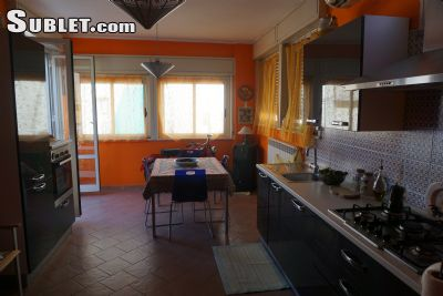 Image 2 furnished 3 bedroom Apartment for rent in Castelbuono, Palermo