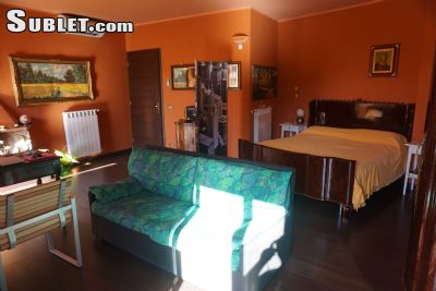 Image 3 furnished 3 bedroom Apartment for rent in Castelbuono, Palermo