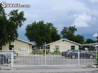Image 7 furnished 2 bedroom Townhouse for rent in Hollywood, Ft Lauderdale Area