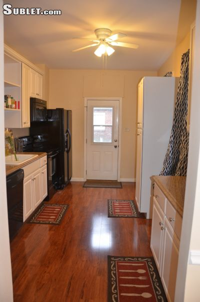 Image 6 furnished 3 bedroom Townhouse for rent in Harrisburg, Dauphin County