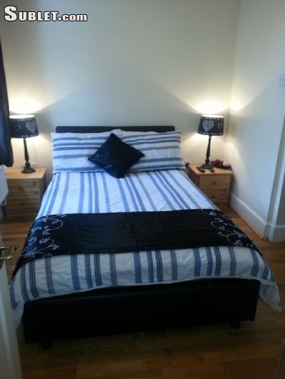 Image 1 Furnished room to rent in Hanwell, Ealing 4 bedroom Apartment