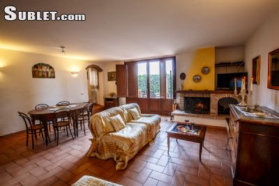 Image 2 furnished 2 bedroom House for rent in Perugia, Perugia