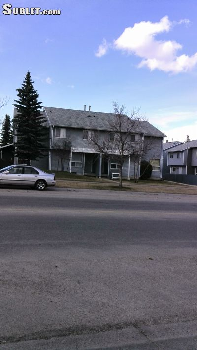 Image 10 unfurnished 3 bedroom Townhouse for rent in Falconridge, Calgary Northeast