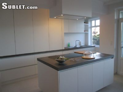 Image 2 furnished 2 bedroom Apartment for rent in Antwerp, Antwerp City