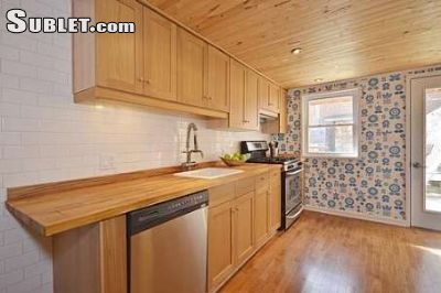Image 7 furnished 3 bedroom Townhouse for rent in Trinity-Bellwoods, Old Toronto