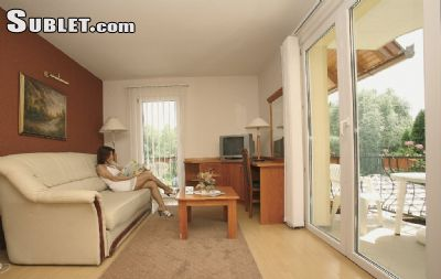 Image 4 furnished 1 bedroom Apartment for rent in Heviz, Zala