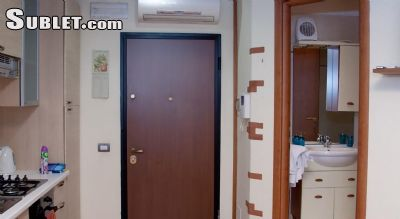 Image 3 furnished 2 bedroom Apartment for rent in Appio-Latino, Roma (City)
