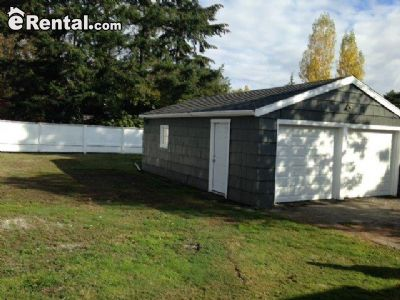 Image 2 unfurnished 2 bedroom House for rent in West Seattle, Seattle Area