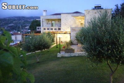 Image 5 furnished Studio bedroom Apartment for rent in Gorgolainis, Heraklion