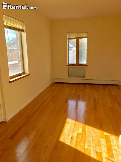 Image 3 unfurnished 3 bedroom Apartment for rent in Dyker Heights, Brooklyn