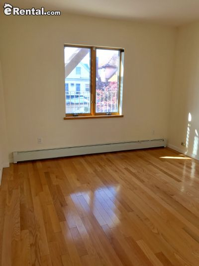 Image 5 unfurnished 3 bedroom Apartment for rent in Dyker Heights, Brooklyn