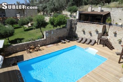 Image 3 furnished 4 bedroom House for rent in Gorgolainis, Heraklion