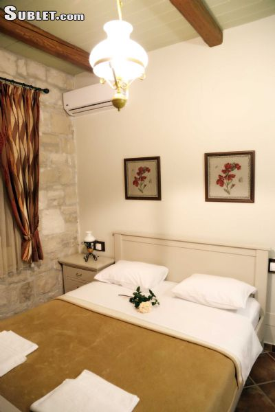 Image 8 furnished 4 bedroom House for rent in Gorgolainis, Heraklion