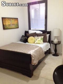 Central Israel Room for rent