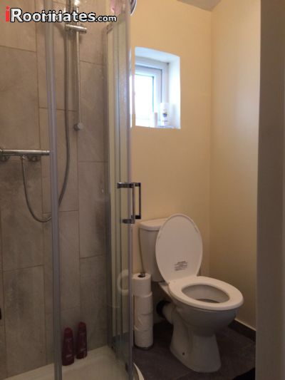 Image 4 Furnished room to rent in Woolwich, Greenwich 4 bedroom House