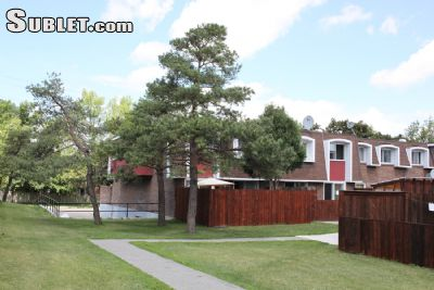 Image 2 unfurnished 2 bedroom Townhouse for rent in West Island, Montreal