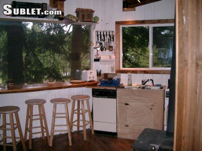 Image 4 furnished 1 bedroom Hotel or B&B for rent in White Salmon, Southeast WA