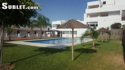 Image 2 furnished 1 bedroom Apartment for rent in Estepona, Malaga Province