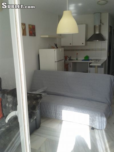 Image 5 furnished 1 bedroom Apartment for rent in Estepona, Malaga Province