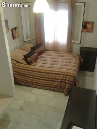 Image 6 furnished 1 bedroom Apartment for rent in Estepona, Malaga Province