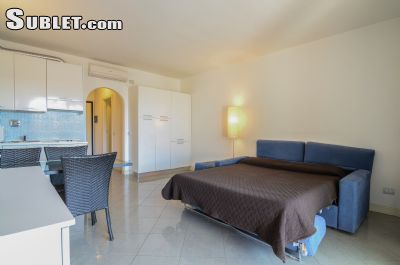 Image 2 furnished Studio bedroom Apartment for rent in Forte dei Marmi, Lucca