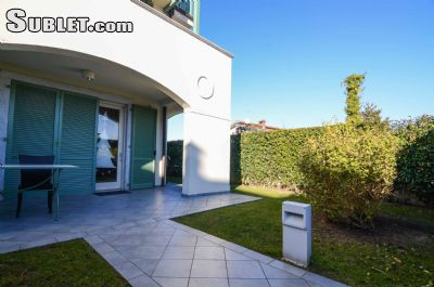 Image 9 furnished 2 bedroom Apartment for rent in Forte dei Marmi, Lucca