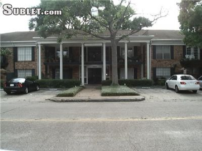 Image 9 furnished 2 bedroom Townhouse for rent in Greenway-Upper Kirby, Inner Loop