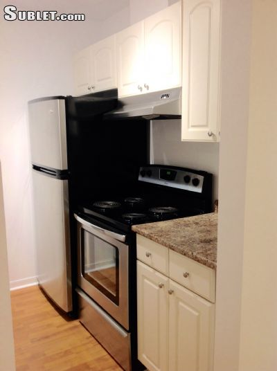 Image 5 unfurnished 1 bedroom Apartment for rent in Downtown, Montreal Area