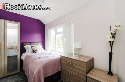 Image 2 Furnished room to rent in Harrow, Harrow 4 bedroom House
