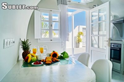 Image 2 furnished 2 bedroom House for rent in Santorini, Cyclades