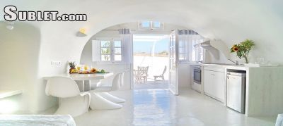 Image 5 furnished 2 bedroom House for rent in Santorini, Cyclades