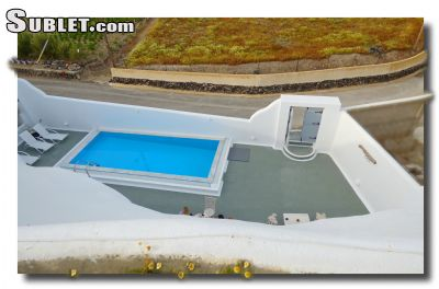 Image 8 furnished 2 bedroom House for rent in Santorini, Cyclades