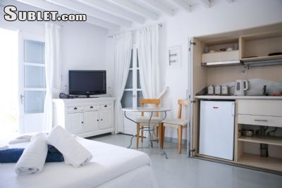 Image 9 furnished 5 bedroom House for rent in Mykonos, Cyclades