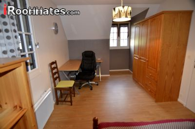 Image 2 Furnished room to rent in Bayeux, Calvados 3 bedroom House