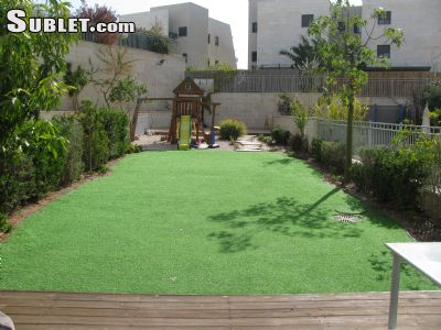 Image 9 furnished 5 bedroom House for rent in Rishon LeZiyyon, Central Israel